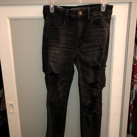 American Eagle Outfitters Denim - High Rise Black ripped denim jeans